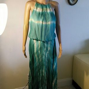 Dresses & Skirts - Alexie  new turquoise gown, size S,M
